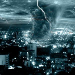 К чему снится смерч (торнадо, ураган) женщине и мужчине – сонник