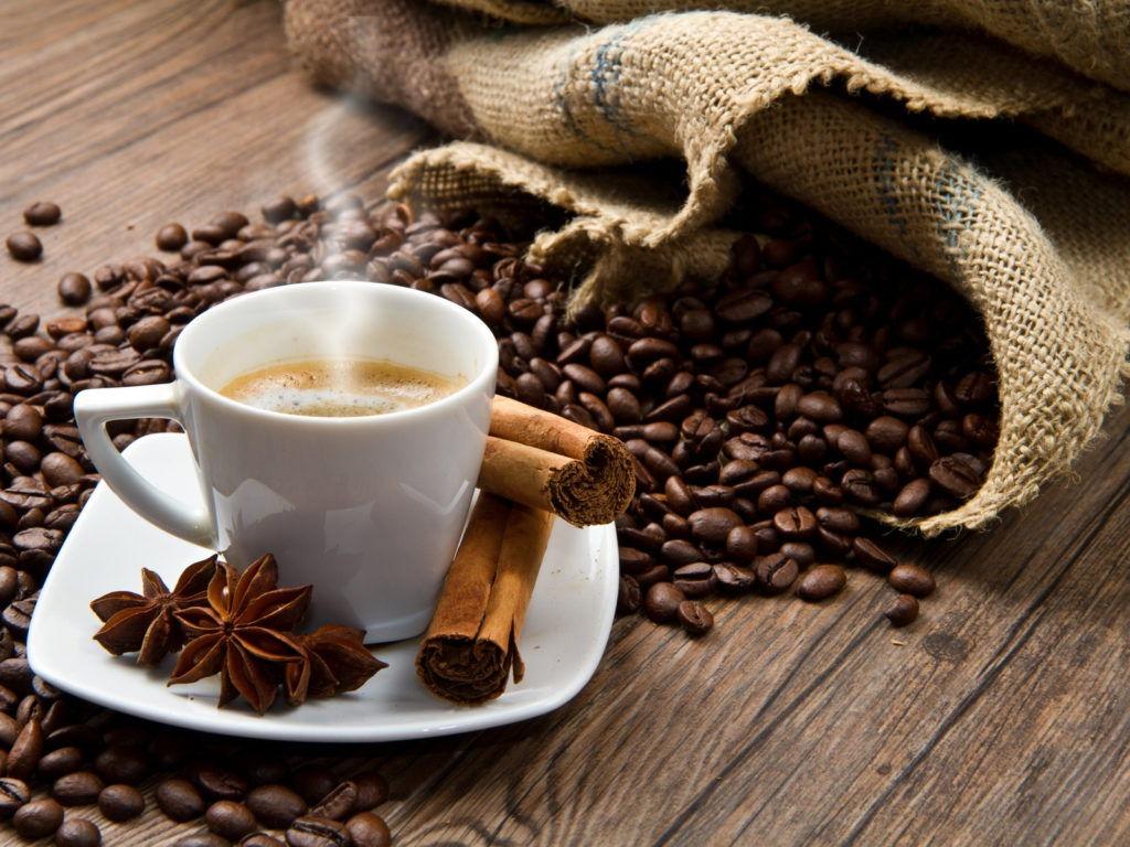 Толкование сонника: к чему снится кофе