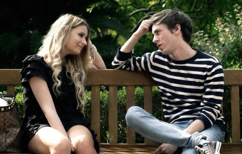 Что сулит сон, в котором привиделось знакомство с парнем?