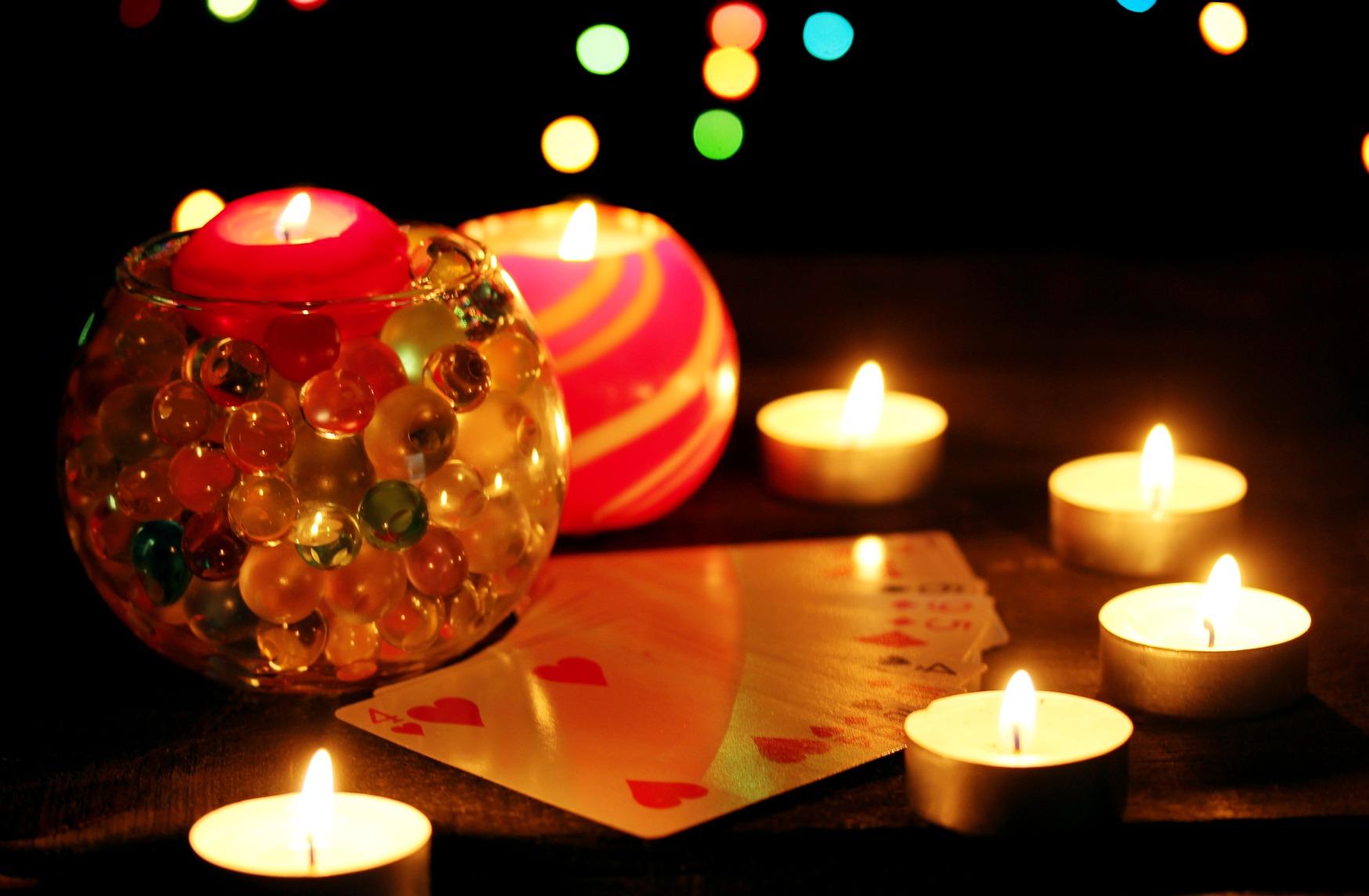 Самые лучшие гадания на Новый год и Рождество Христово: на любовь, будущее, исполнение желаний