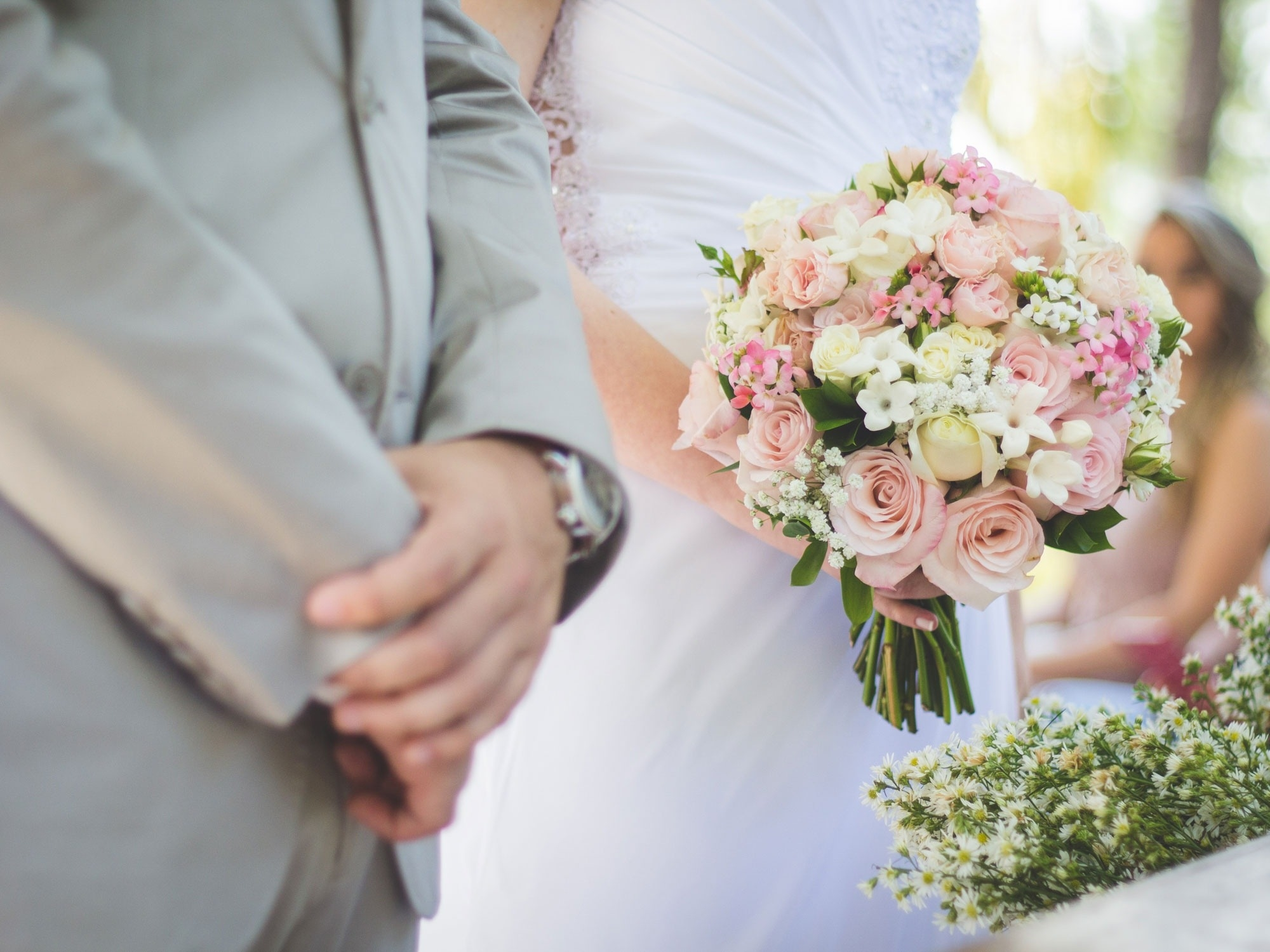 Сильные обряды на замужество: на Рождество, старый Новый год, Пасху, Покров и обычные дни